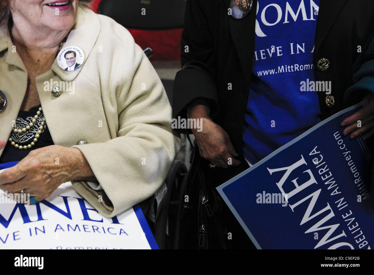 Dec. 9, 2011 - Cedar Rapids, Iowa, U.S. - Elderly supporters of Republican presidential candidate Mitt Romney hold Stock Photo