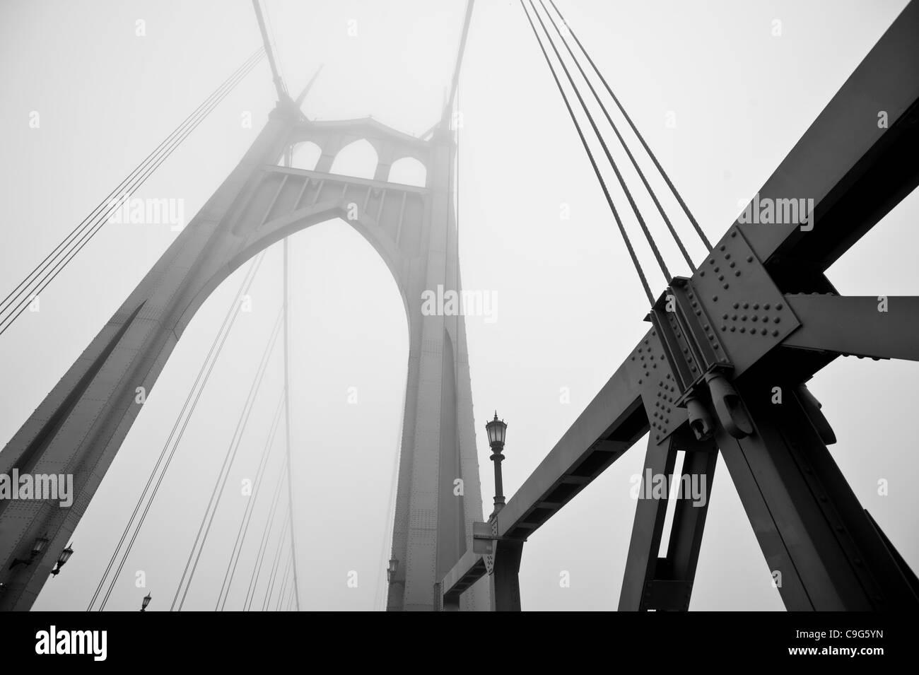 Dec. 6, 2011 - Portland, Oregon, United States - Dense fog envelopes the St. Johns Bridge in Portland, Oregon. (Credit Image: © Jim Z. Rider/ZUMAPRESS.com) Stock Photo