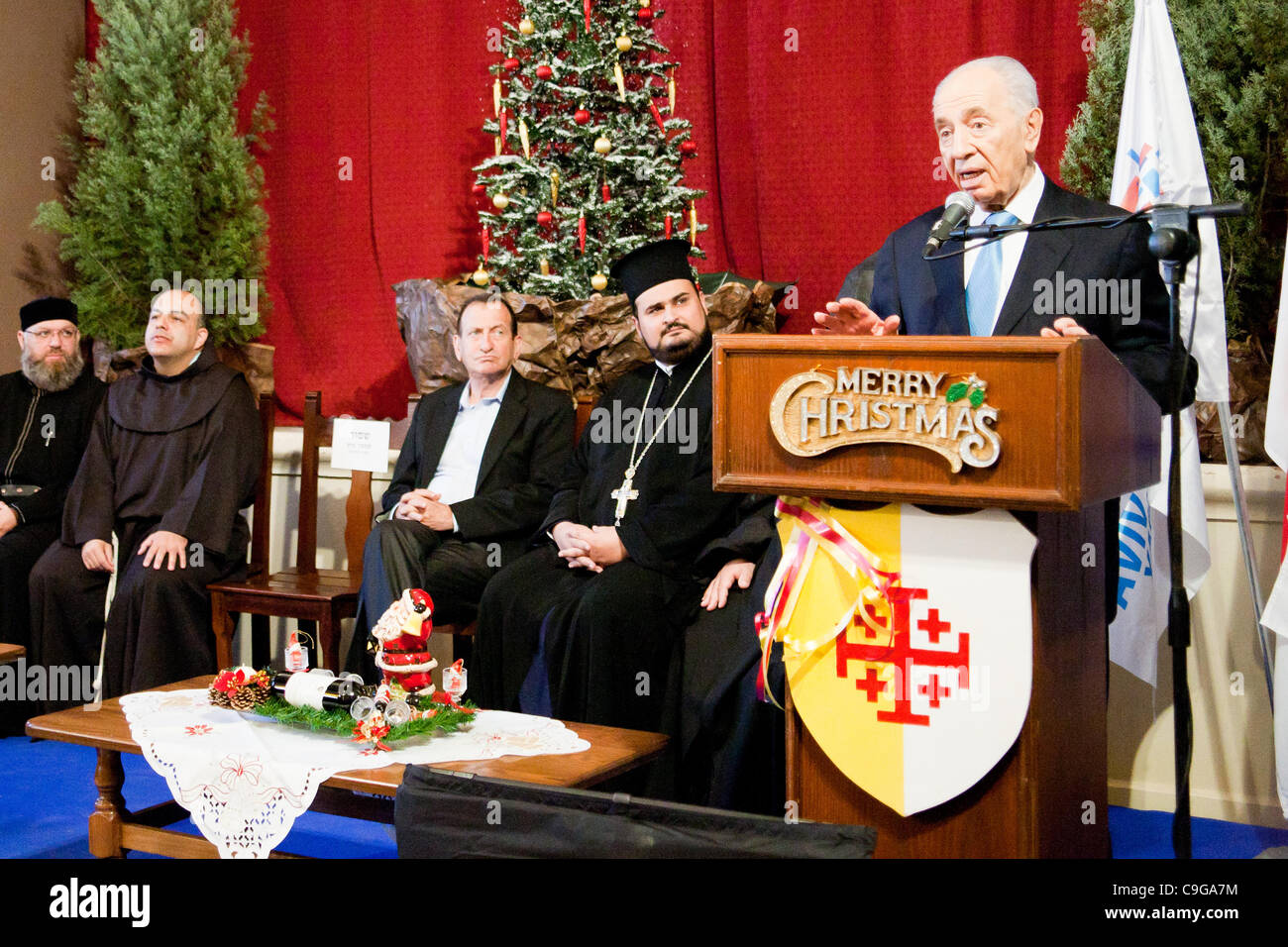 President shimon peres extends holiday greetings to jaffa christian president shimon peres extends holiday greetings to jaffa christian representatives and christian community leaders at st anthonys roman catholic church m4hsunfo