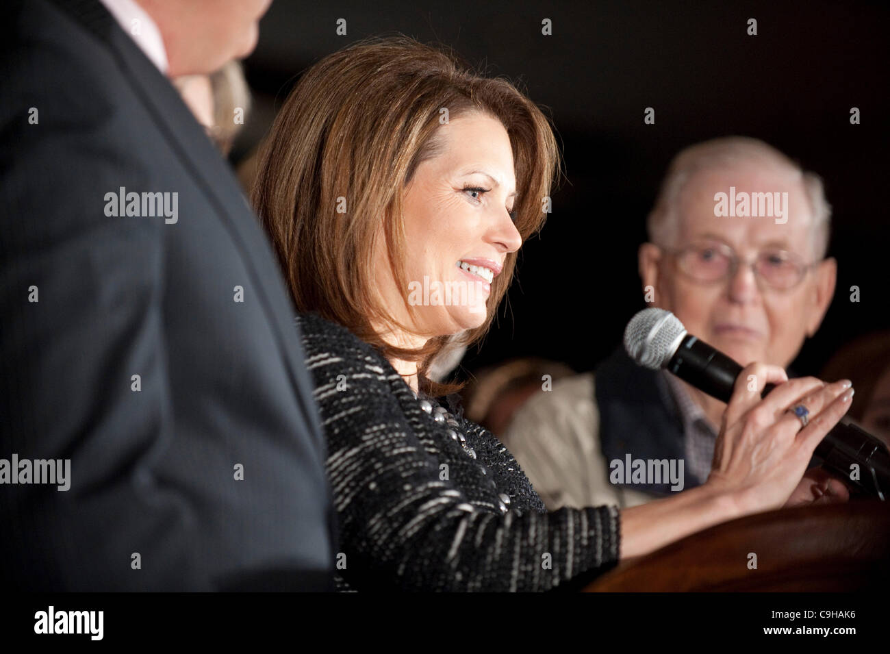 Republican presidential candidate Michele Bachmann announces the end of her campaign after a poor showing in the - Stock Image