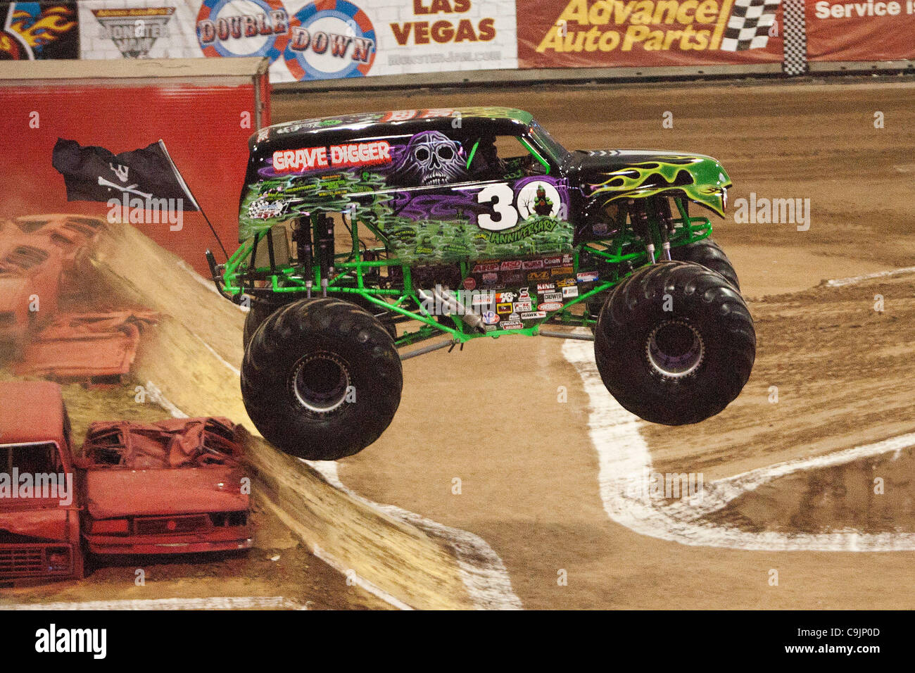 The Grave Digger At Monster Jam Stock Photos The Grave Digger At - Monster car show houston tx