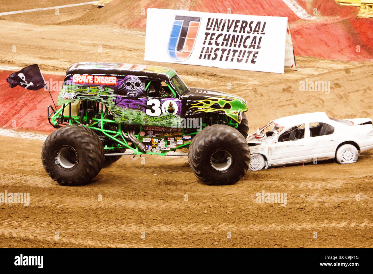 April Houston Texas US Grave Digger Chad Tingler - Monster car show houston tx