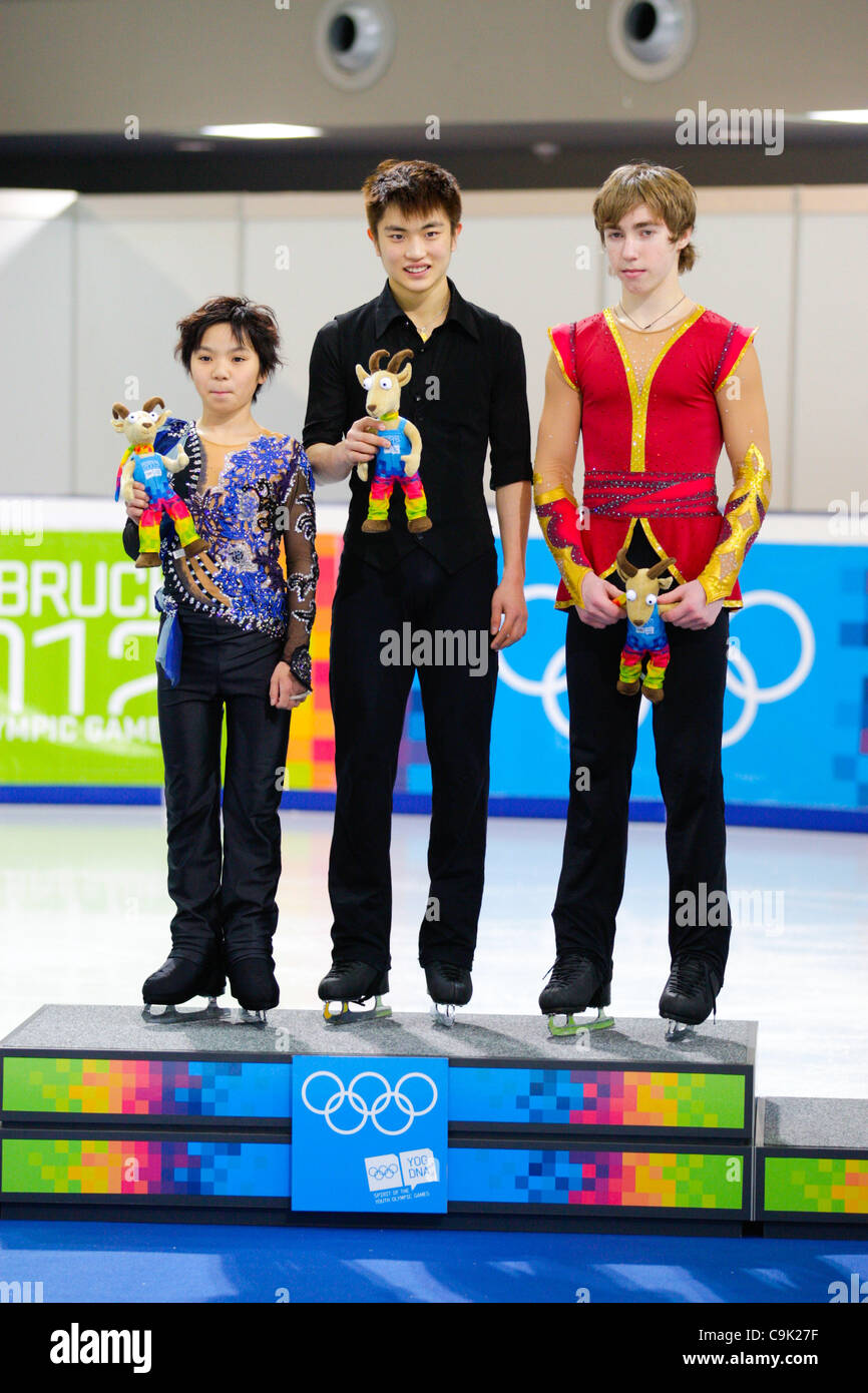 https://c8.alamy.com/comp/C9K27F/jan-16-2012-innsbruck-austria-from-left-to-right-shoma-uno-from-a-C9K27F.jpg