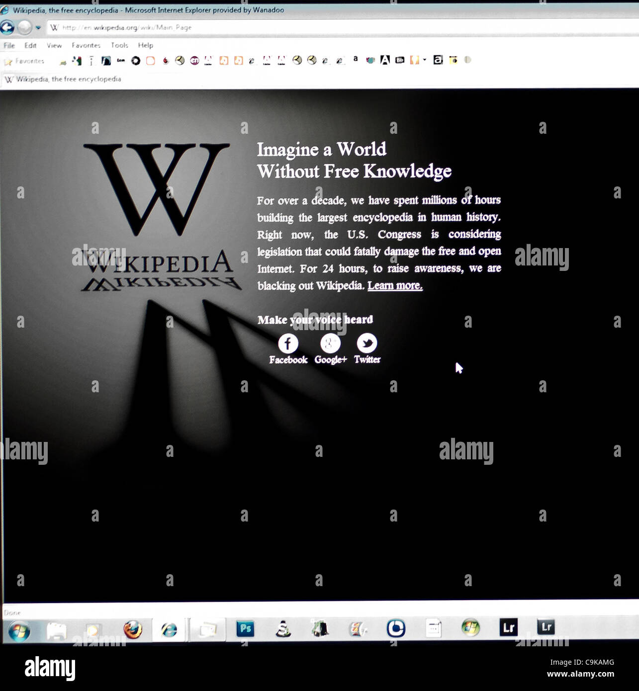 wikipedians have chosen to black out the English Wikipedia for 24 hours from January 18th Eastern Time. - Stock Image