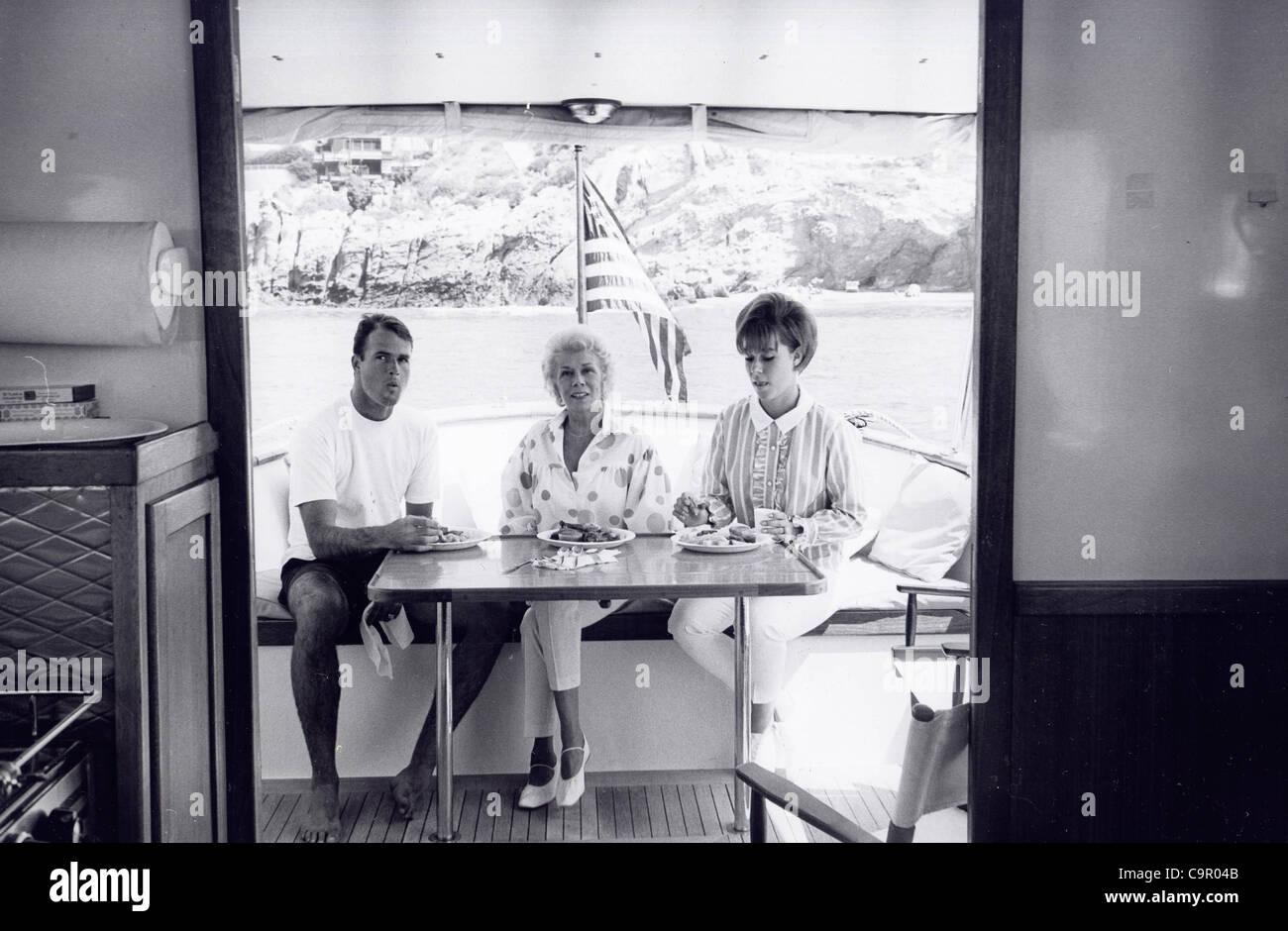 pictures Kelly Jean Van Dyke