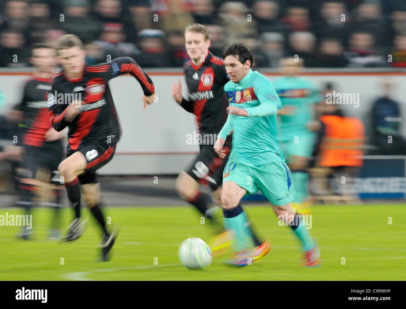 Fussball, Champions League Achtelfinale  Hinspiel, Bayer 04 Leverkusen gegen FC Barcelona  (Spanien) 1:3 --- wie - Stock Image