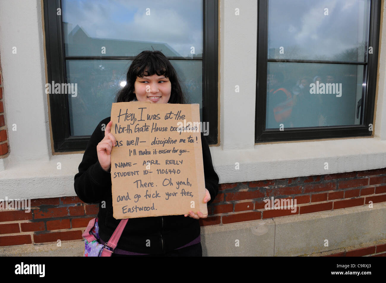 15/02/2012, Birmingham University, UK. Protester outside Nuffield Learning Centre where student Simon Furse is being - Stock Image