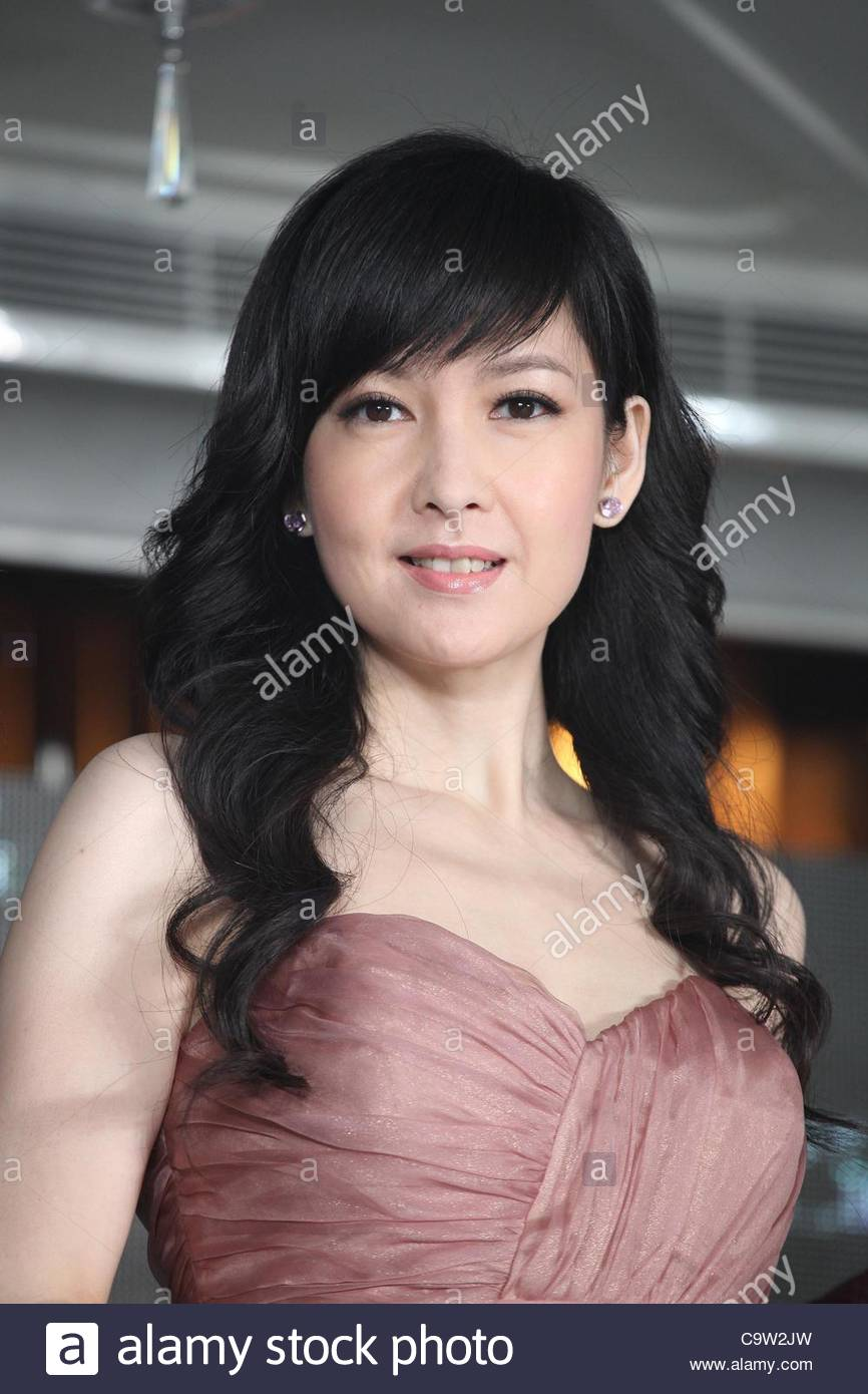 Vivian Chow nude photos 2019