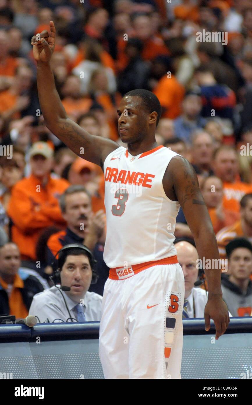March 3, 2012 - Syracuse, New York, U.S - Syracuse Orange guard Dion Waiters (3) raises his hand in celebration - Stock Image