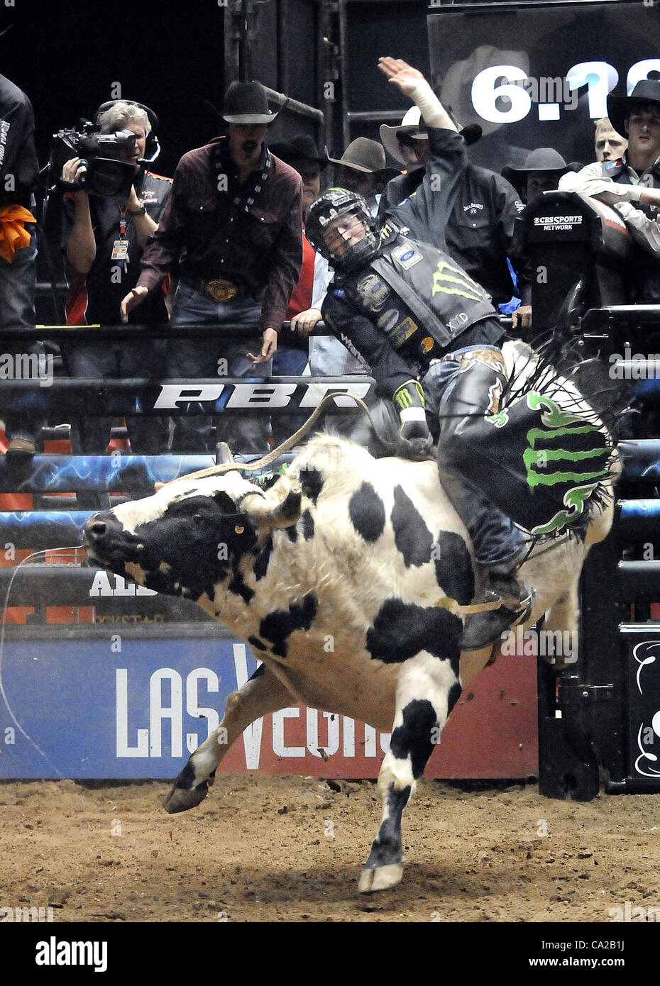 Albuquerque, NM, U.S. March 24, 2012. L.J. Jenkins of Texico, NM  rides Untouchable for 8 seconds for a score of - Stock Image