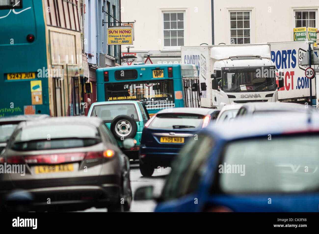 Congestion on the streets of Aberystwyth, Wales UK on the last days of a 'free for all' in the town that - Stock Image