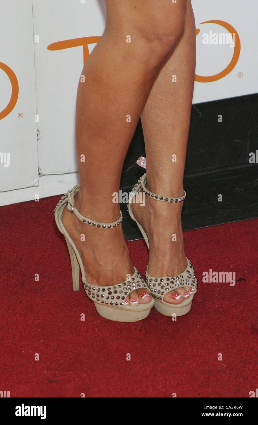 ed43736ef23 Gretchen Rossi (wearing Steve Madden shoes) at arrivals for Bling Beach  Party at TAO Beach