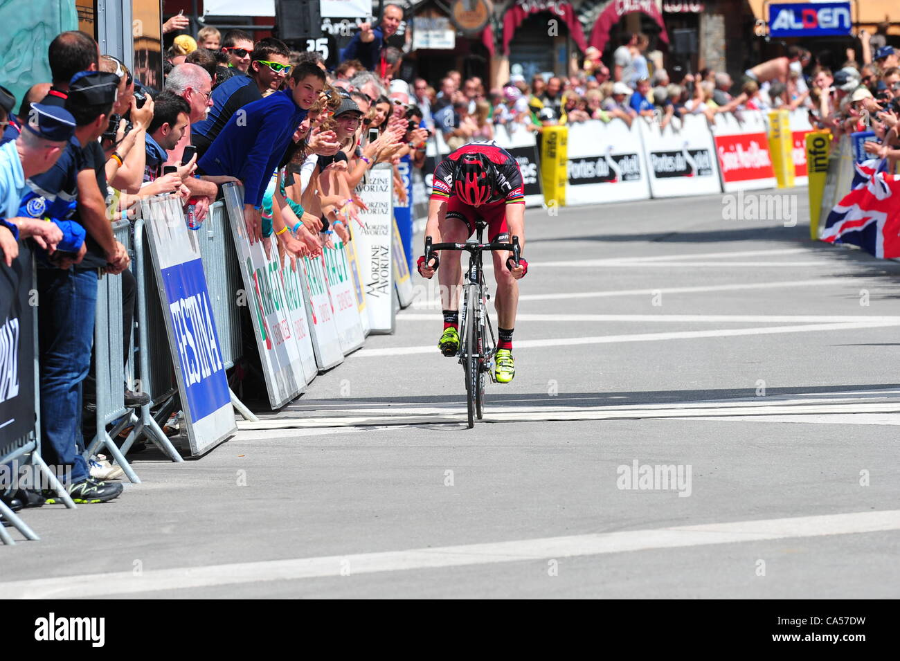 09.06.2012.  Criterium du Dauphine Libere, stage 06 Saint Alban Leysse - Morzine, Bmc Racing 2012, Evans Cadel, Stock Photo