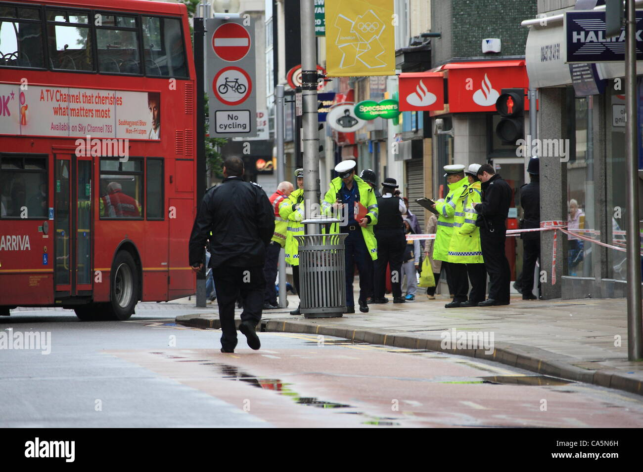 b2f828955c Tuesday 12th June 2012 Air Ambulance called to scene of accident in Ilford  Town Centre. Credit  HOT SHOTS   Alamy Live News