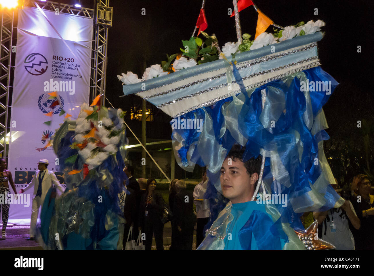 Dancers from the Portela Samba School perform for the diplomats as part of the evening entertainment in front of - Stock Image