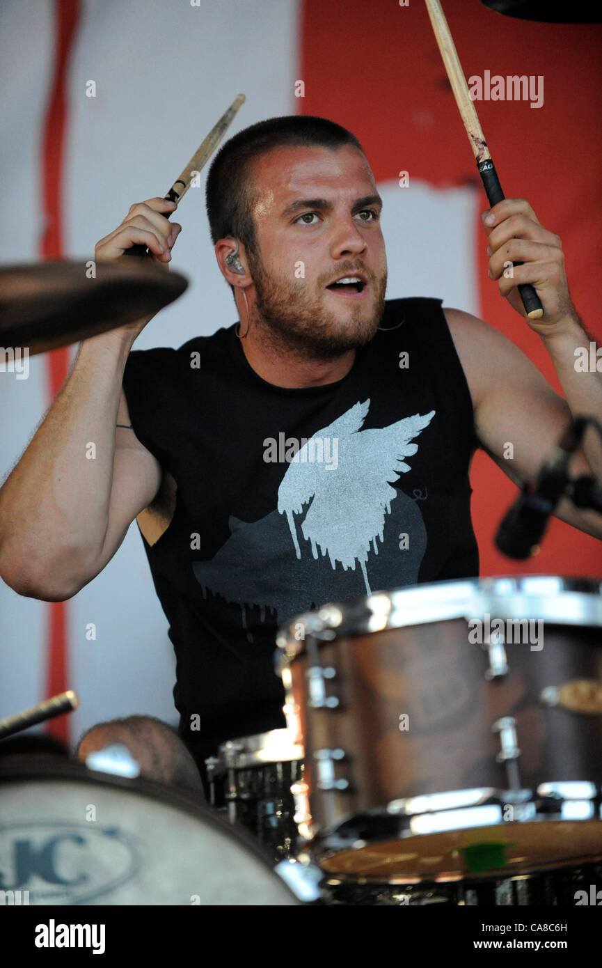 June 25, 2012 - Ventura, CAlifornia, USA - Musician-RIAN DAWSON, drummer for the band All Time Low, performing at - Stock Image