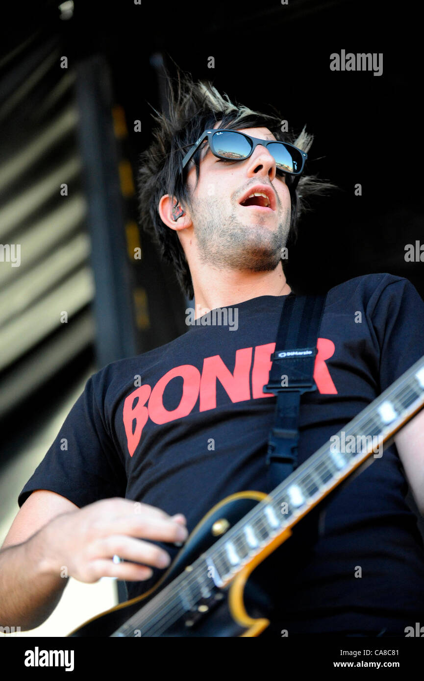 June 25, 2012 - Ventura, California, USA - Musician-JACK BARAKAT, vocals and guitar for All Time Low, performing - Stock Image