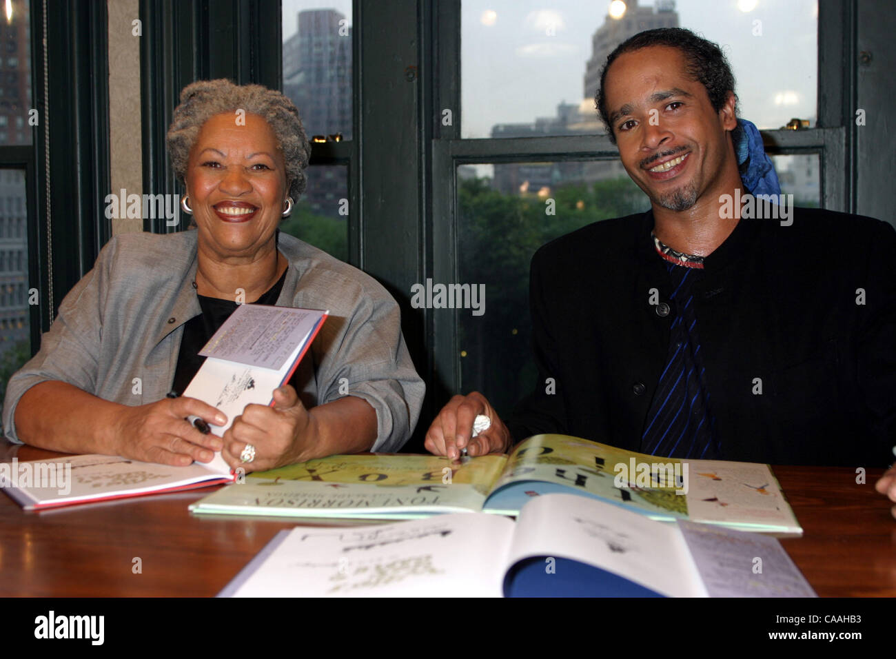 Jun 18, 2003; New York, NY, USA; TONI and SLADE MORRISON at the Who's Got Game? Book signing at Barnes and Noble Union Square on June 18, 2003. Stock Photo