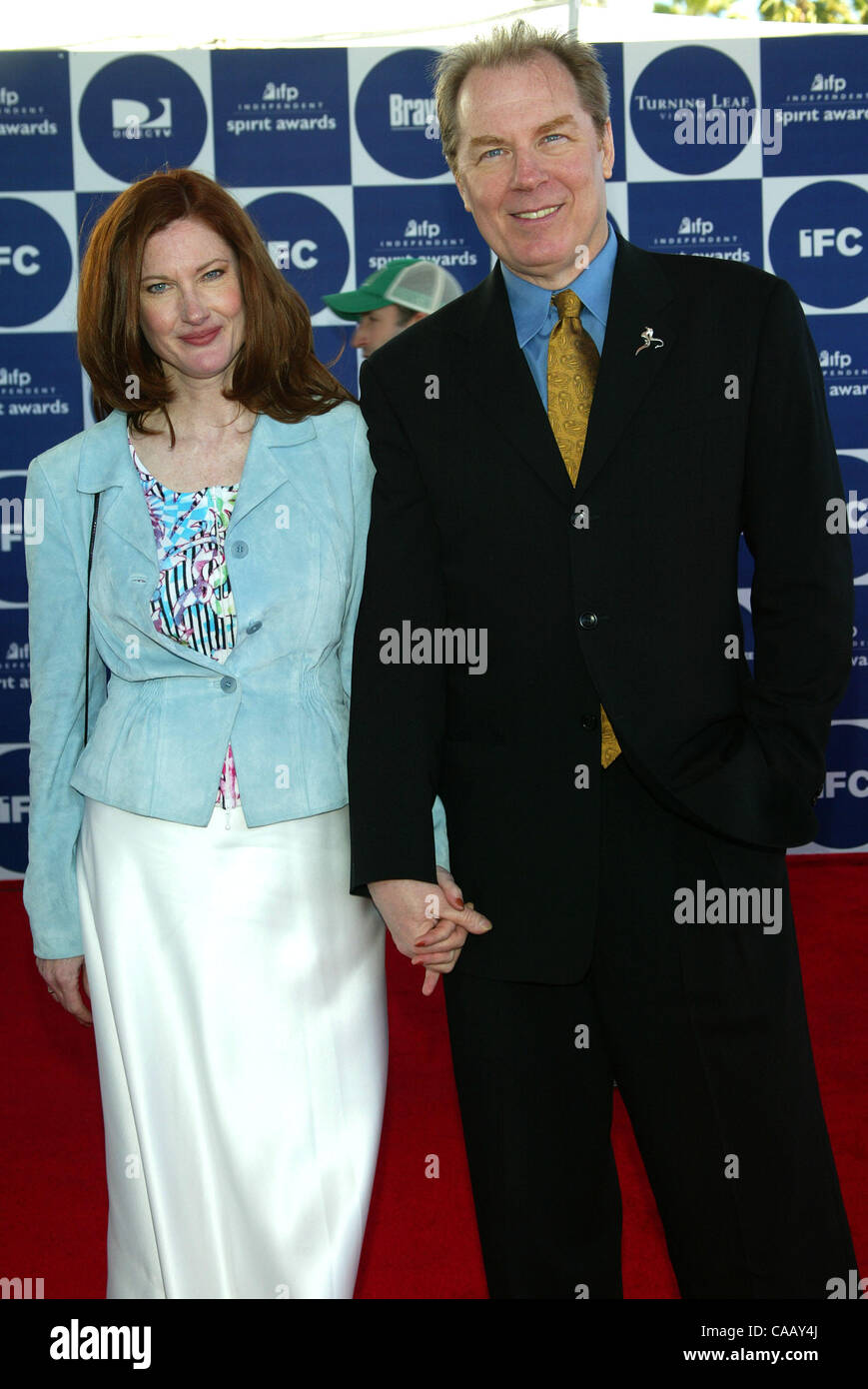 Feb 28, 2004; Santa Monica, California, USA; Actress ANNETTE O'TOOLE & Actor MICHAEL McKEAN at the 2004 IFP Independent Spirit Awards held in a tent on Santa Monica Beach. Stock Photo