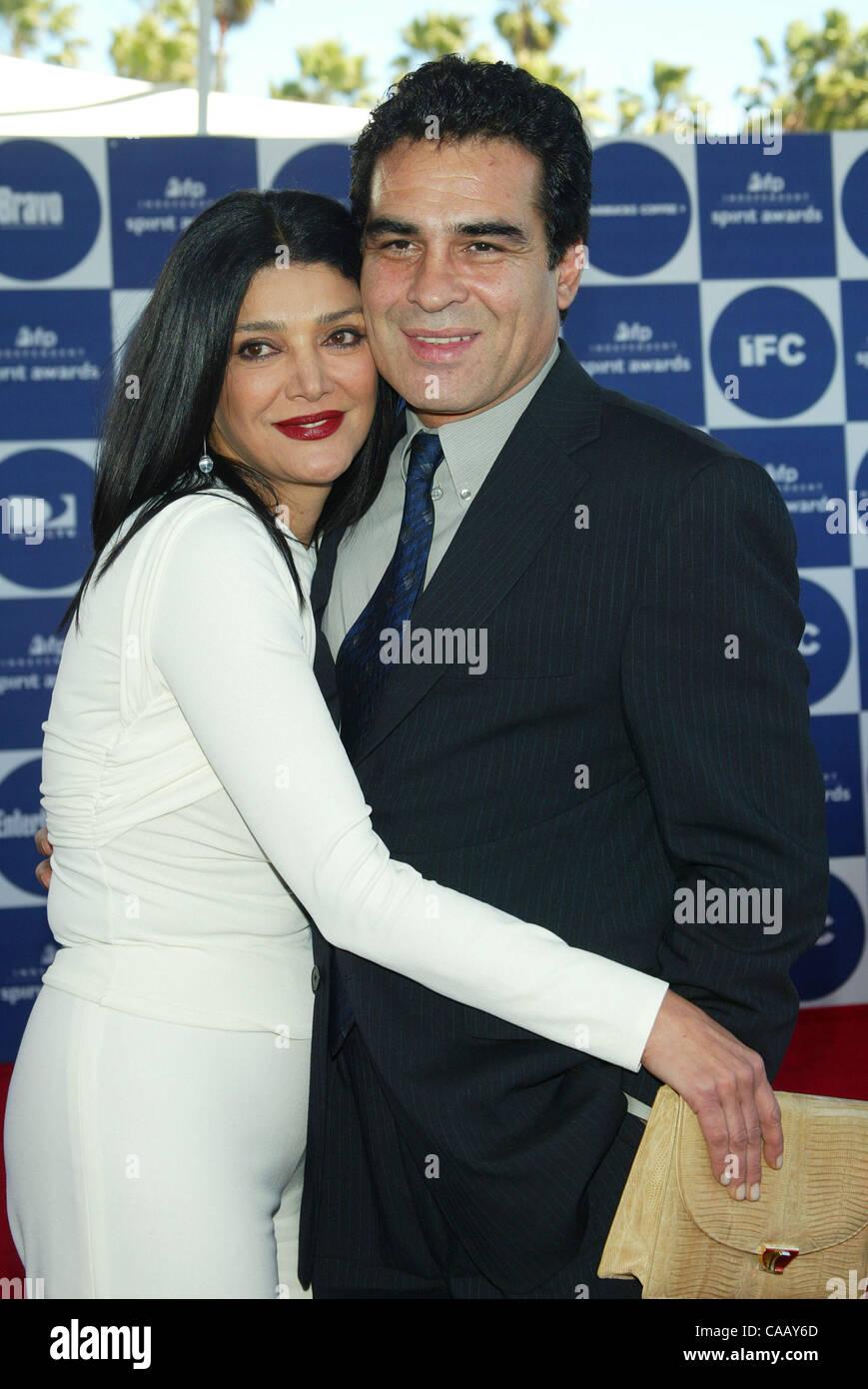 Shohreh Aghdashloo Husband