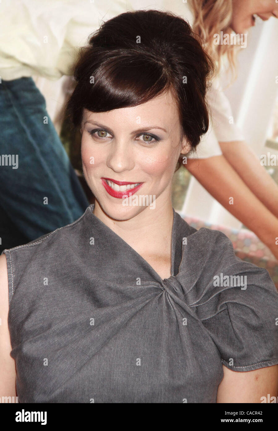 Sept 30 2010 New York New York U S Actress Sarah Burns Stock Photo Alamy