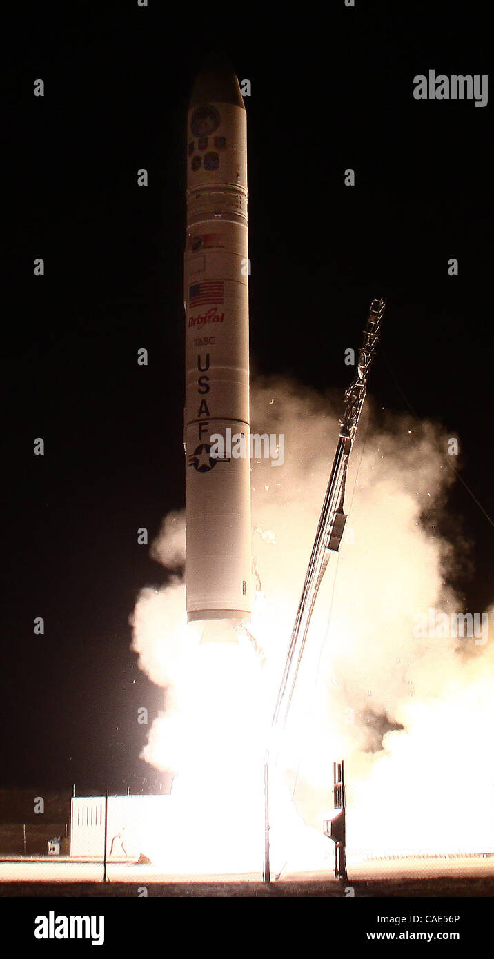 Sept 25,2010 - Vandenberg AFB, California, USA. A minotaur rocket with a space surveillance project successfully - Stock Image