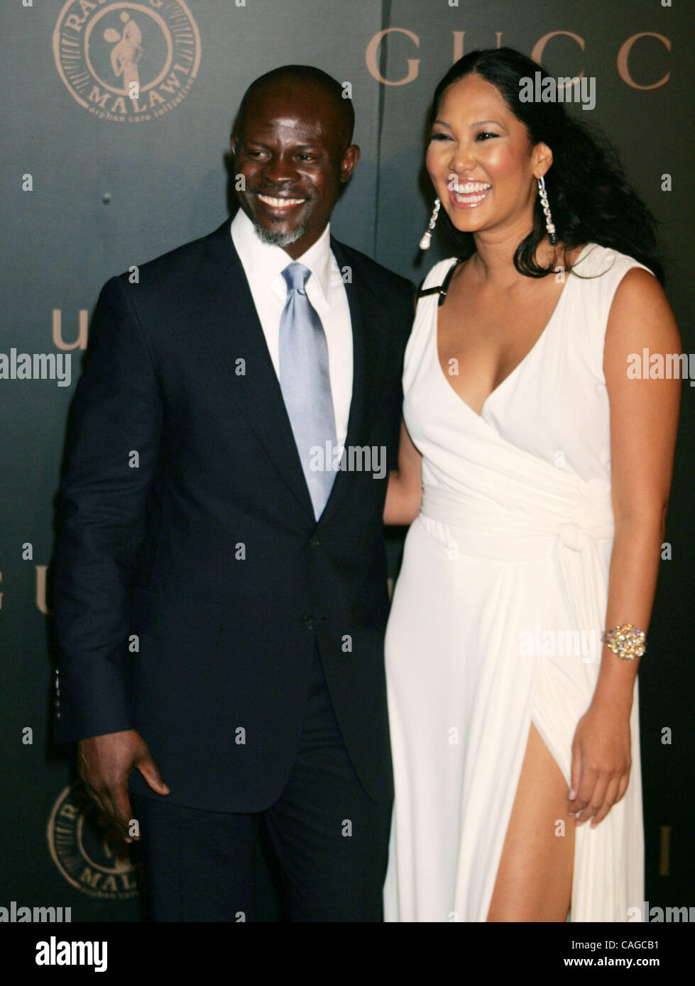 Found Djimon hounsou and kimora lee simmons are mistaken