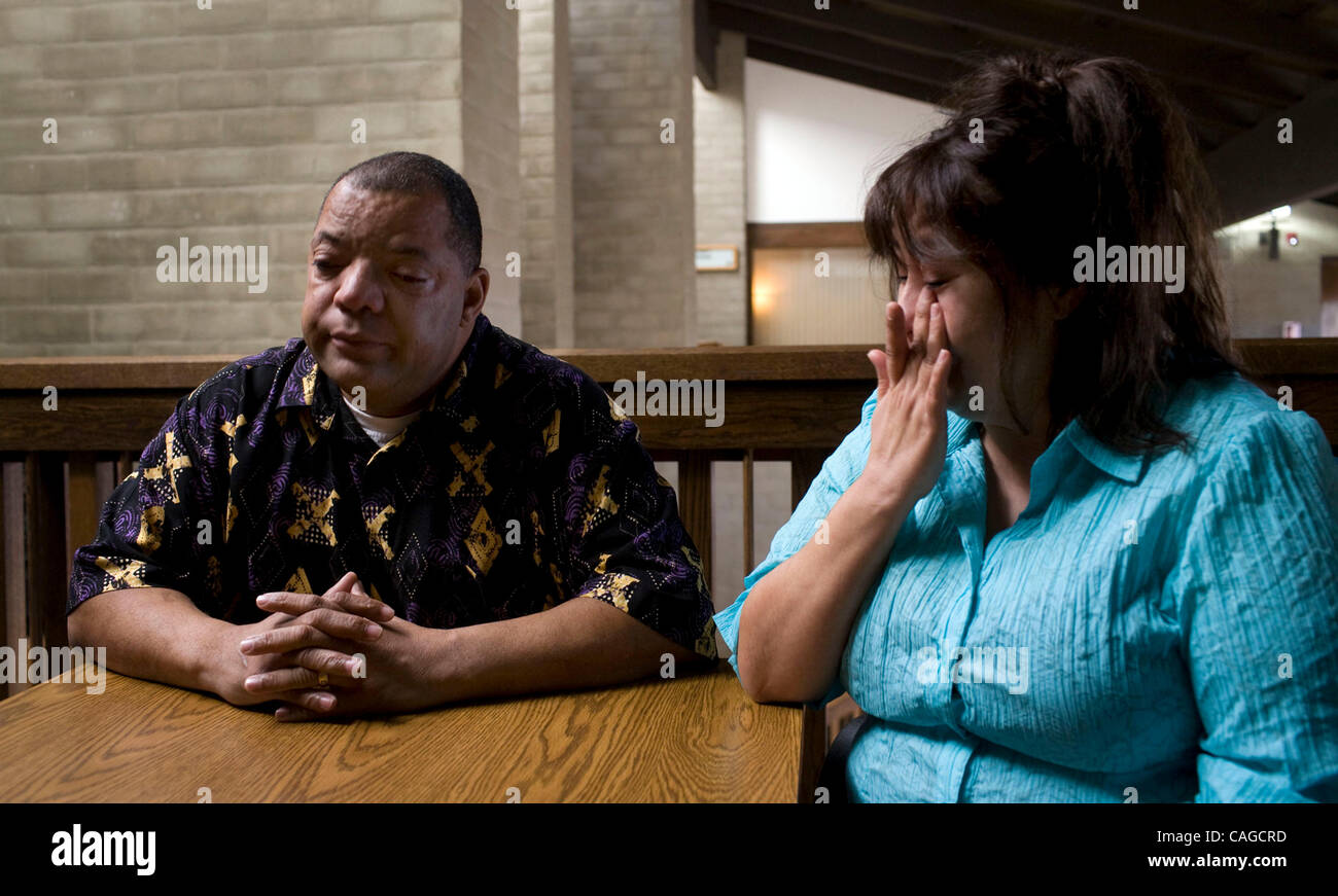 Tedral and Patricia Thompson recount the morning of November 28, 2006 when Woodland police officers burst into their - Stock Image