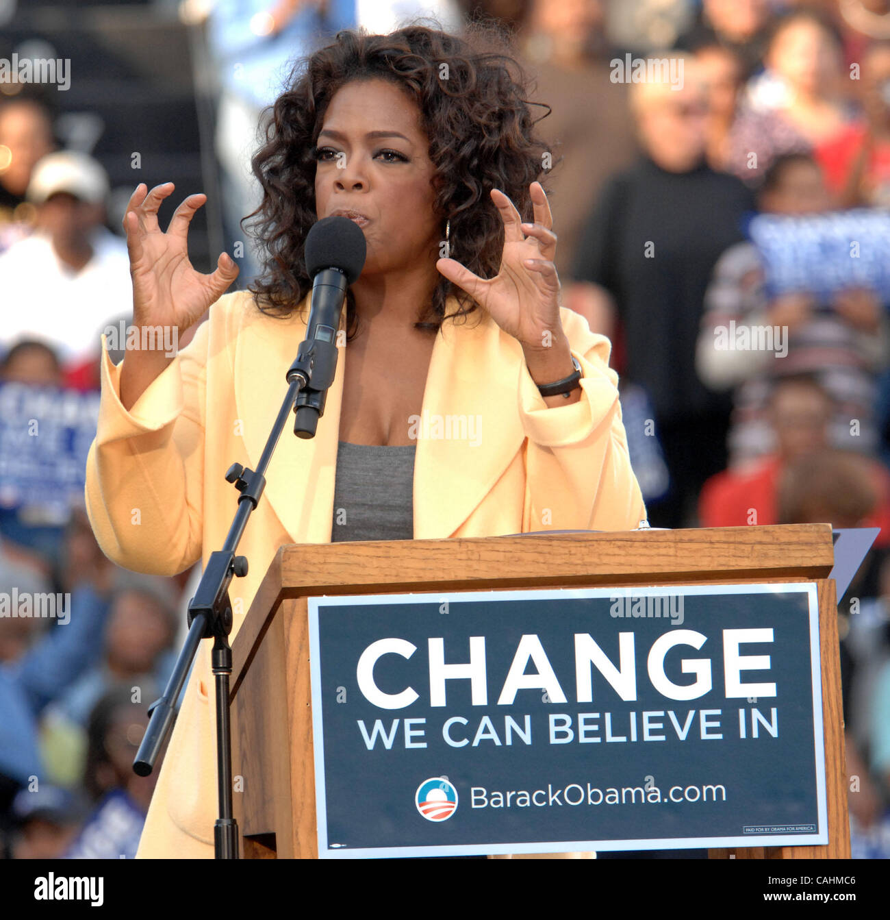 Image result for oprah dec 11 2007 rally in columbia south carolina