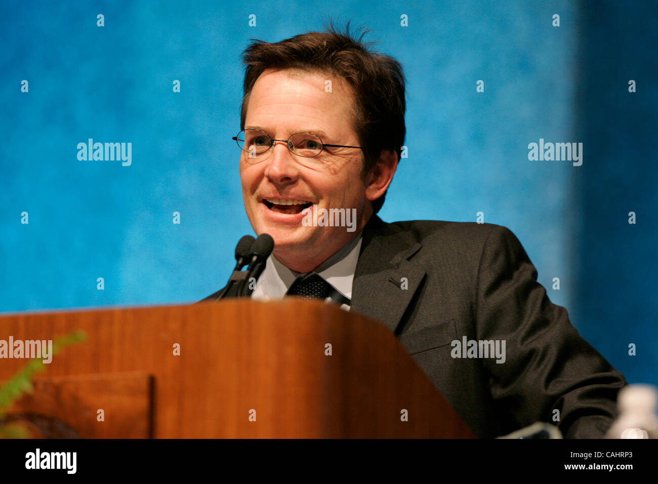 Dec 14, 2007 - San Diego, California, USA - MICHAEL J. FOX, spoke to well wishers Friday after receiving the Maurice - Stock Image