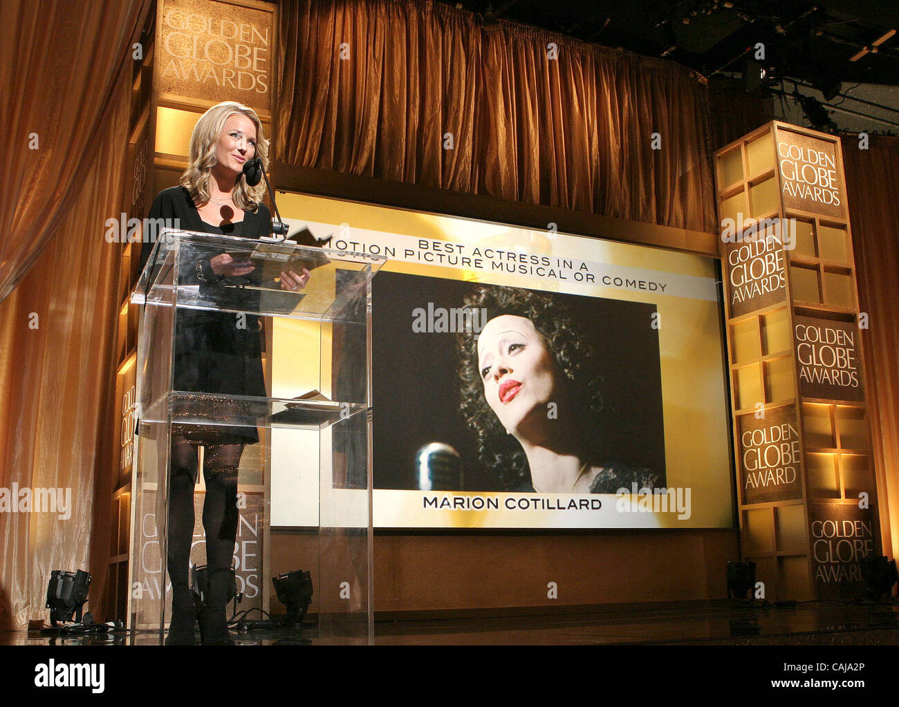 Jan 13 2008 Hollywood California USA TV Host BROOKE ANDERSON Annoucing The Winners At 65th Golden Globe Awards Press Conference Where