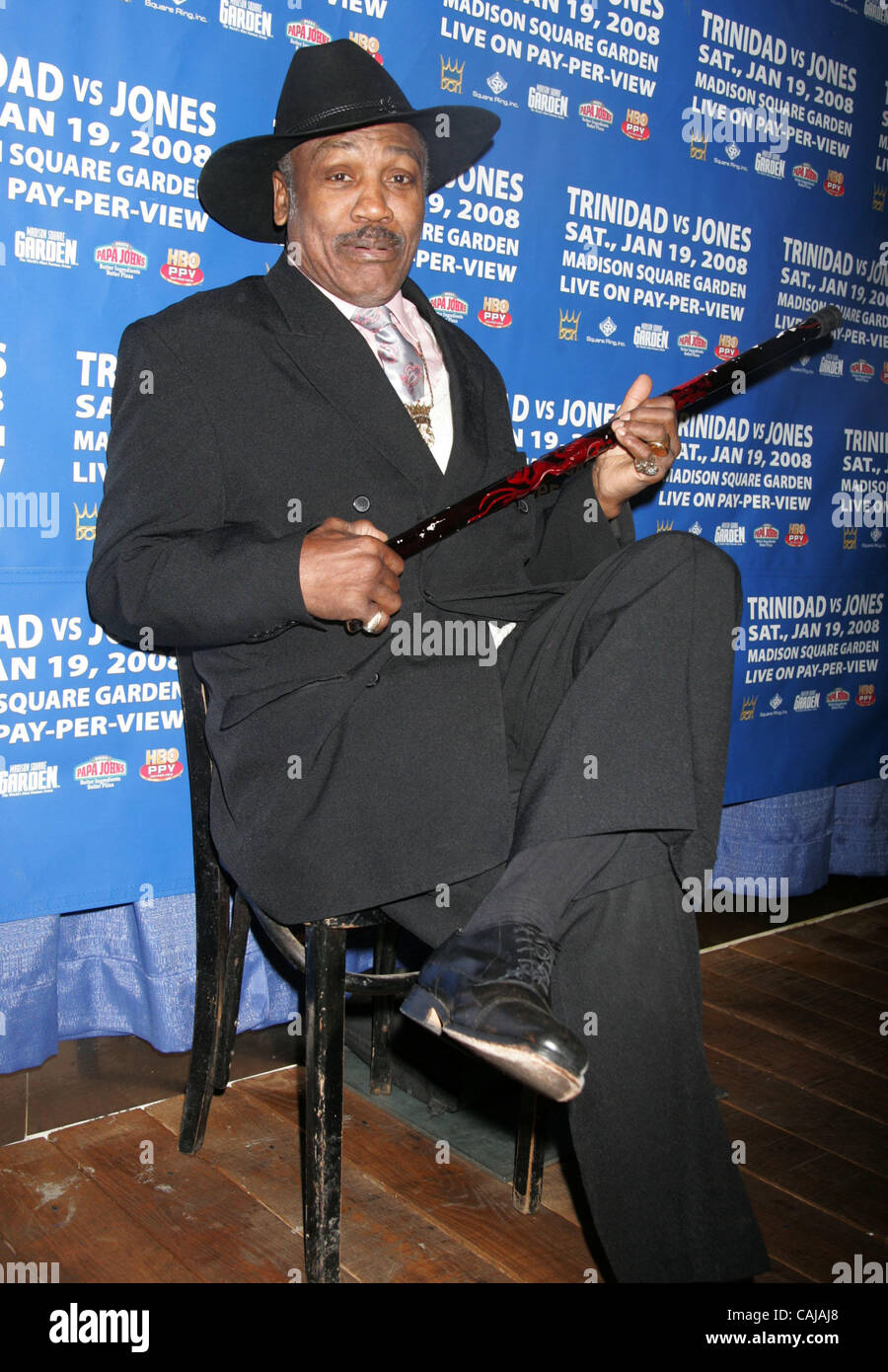 Jan 14, 2008 - New York, NY, USA - Boxing legend  JOE FRAZIER at a cocktail party held at Pop Burger on East 58th - Stock Image