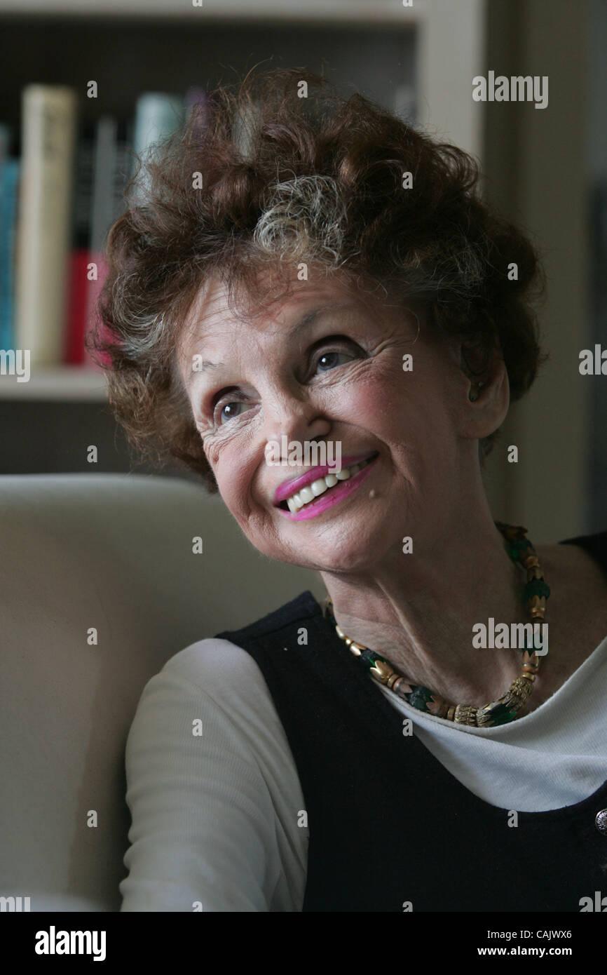 Pat Quinn (actress),Ricci Harnett (born 1973) Porno clip Jynine James,Conrad Bain