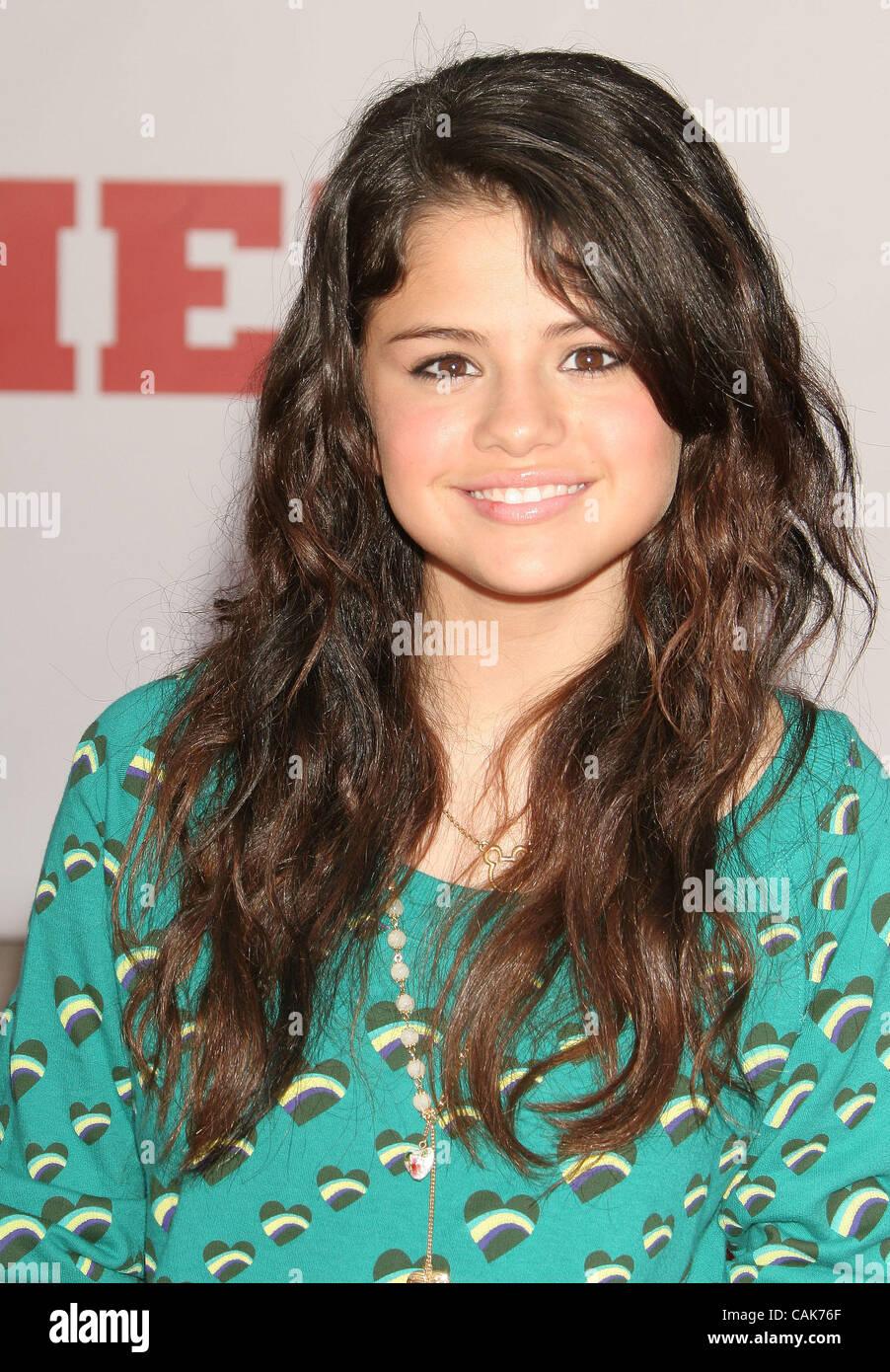 Selena Gomez Real Haircut Games