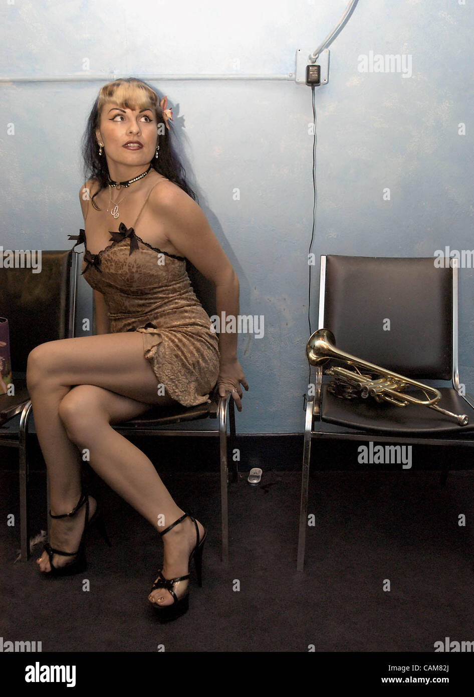 Oct. 11, 2003 - Hollywood, USA - Californian Charlotte La Belle, a multi-talented performer in her own right, waits - Stock Image