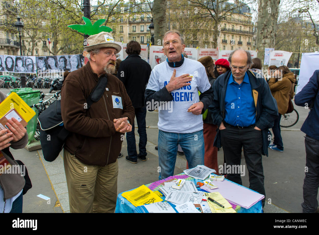 Paris, France, Male Activists at Environment Awareness Protests, Public Event,  'Liberons les Elections', - Stock Image