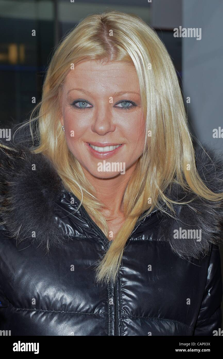 Tara Reid, leaves the 'Good Day New York' taping at the Fox