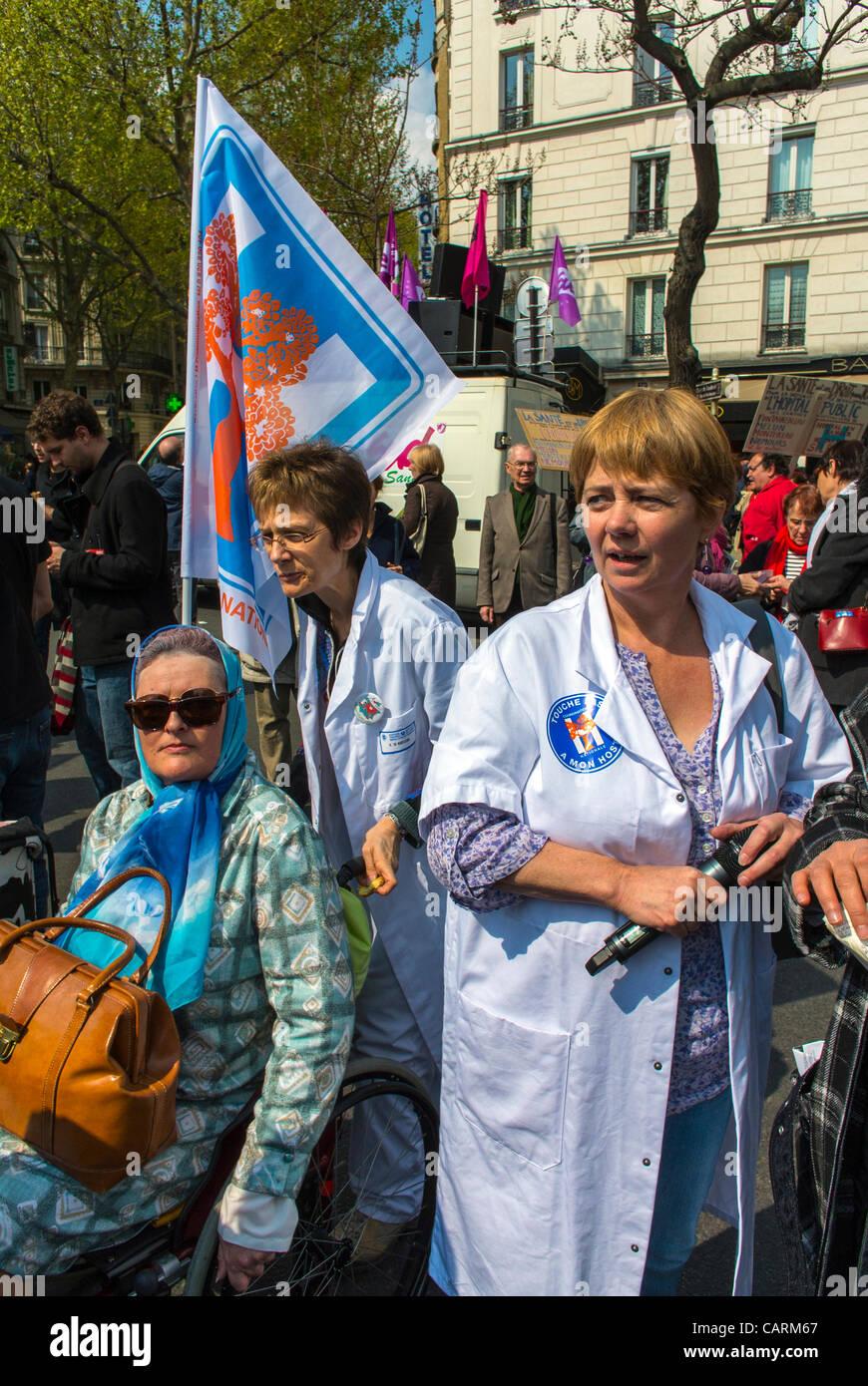 Paris, France, French Hos-pital Personnel, Nurses, Protesting Rally with 'Collectif Notre Santé en Danger' - Stock Image