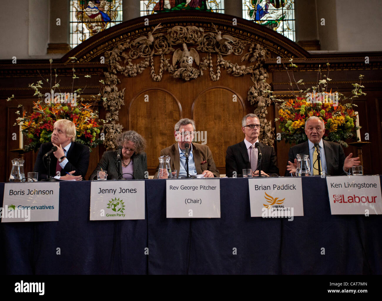 London, UK. 18 April, 2012. Mayor of London election candidates hustings at St.James' Church, Picadilly, London. - Stock Image
