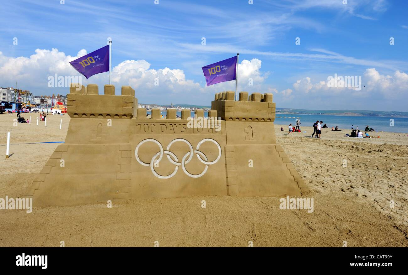 Taken on 13/04/2012, embargoed until 18/04/2012. Weymouth and Portland welcome the world with 100 days to go to - Stock Image