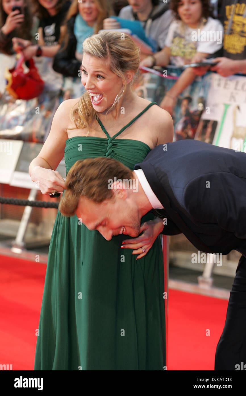 Elsa Pataky & Tom Hiddleston attend the Avengers Assemble - UK film premiere at the Vue Westfield, Westfield - Stock Image