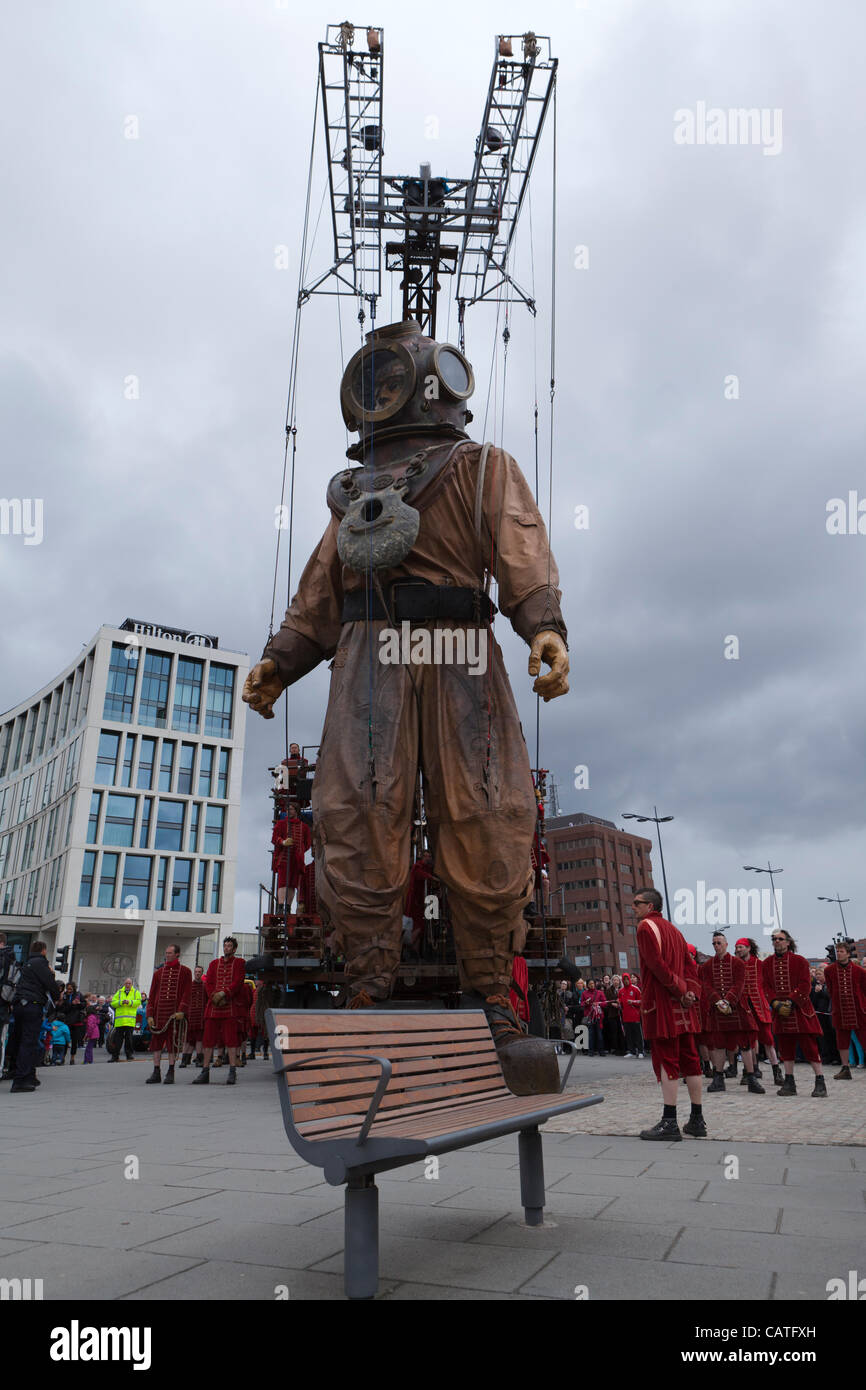Liverpool, UK, Friday 20th April, 2012. The giant uncle puppet starts his walk around the city of Liverpool on the - Stock Image
