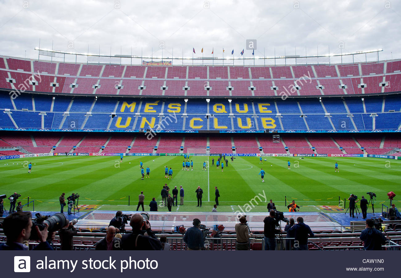 BARCELONA, SPAIN - Monday, April 23, 2012: FC Barcelona players during a training session at the Camp Nou ahead - Stock Image