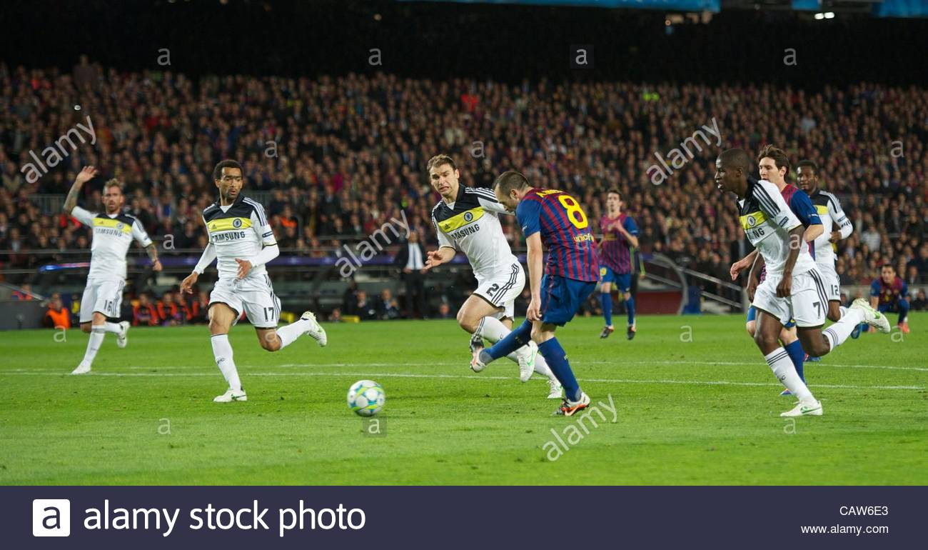 BARCELONA, SPAIN - Tuesday, April 24, 2012: FC Barcelona's Andres Iniesta scores the second goal against Chelsea - Stock Image