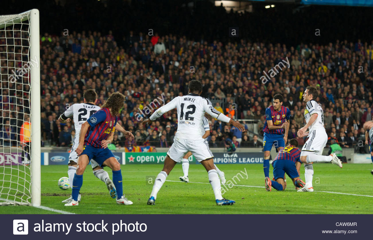 BARCELONA, SPAIN - Tuesday, April 24, 2012: FC Barcelona's Sergio Busquets scores the first goal against Chelsea - Stock Image