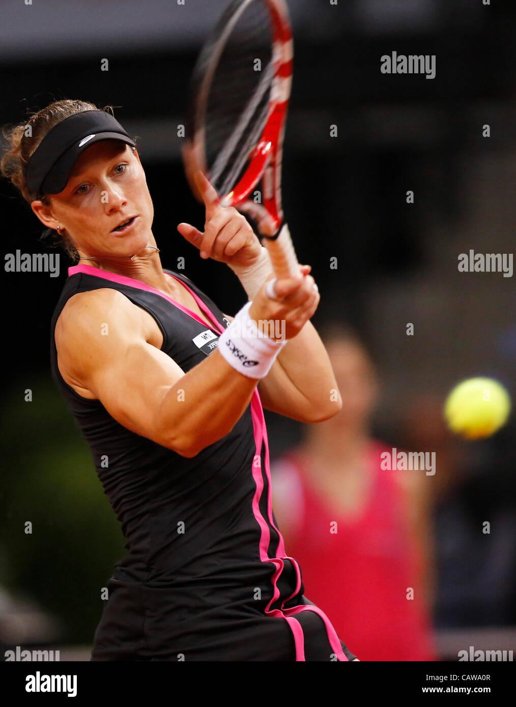 Samantha STOSUR (AUS) Aktion Aufschlag,  Portrait, Kopf, Gesicht, Tennisball, Einzelbild   beim Porsche Tennis Grand - Stock Image
