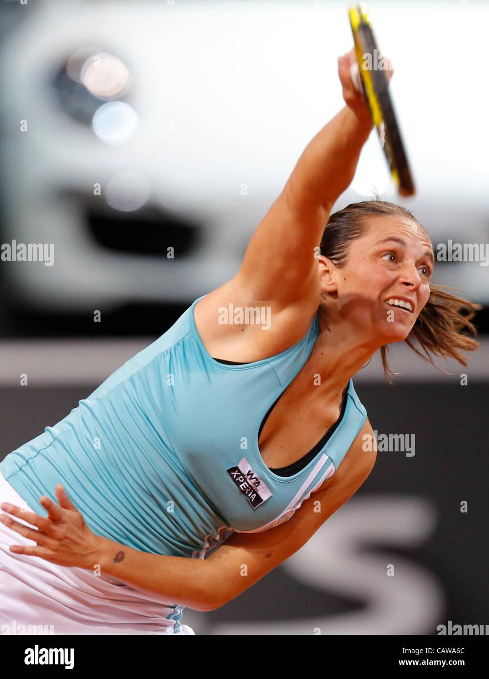 Roberta VINCI (ITA) Aktion Aufschlag,  Portrait, Kopf, Gesicht, Tennisball, Einzelbild   beim Porsche Tennis Grand - Stock Image