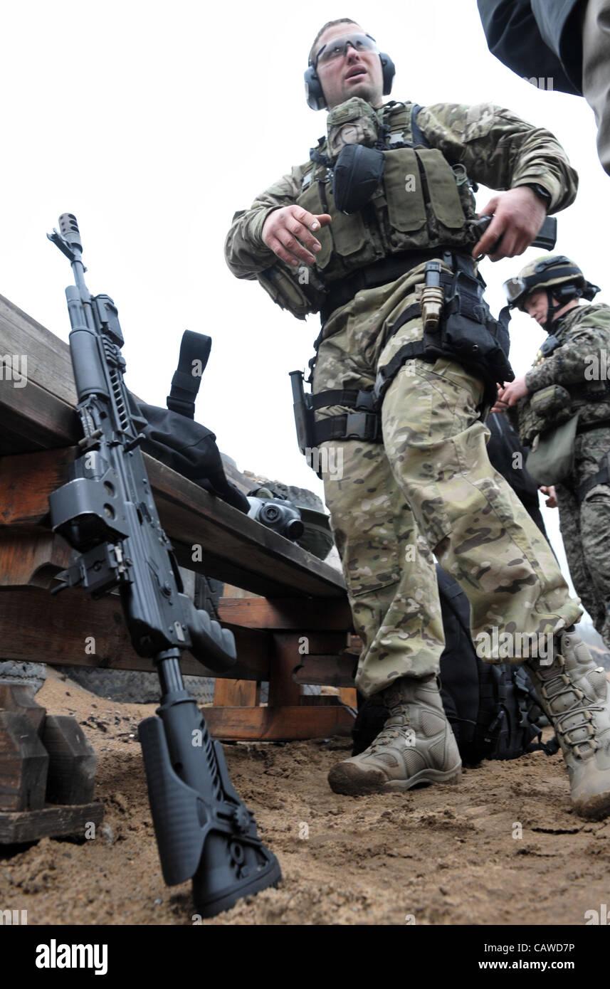April 25, 2012 - St.-Petersburg, Russia - Russian secret service FSB special forces Spetsnaz training. (FSB is Russian - Stock Image