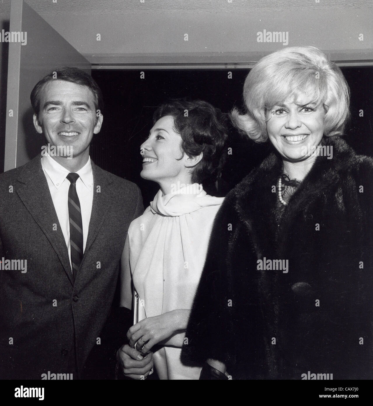Ken Berry With Wife Jackie Joseph At Backstage Of Los