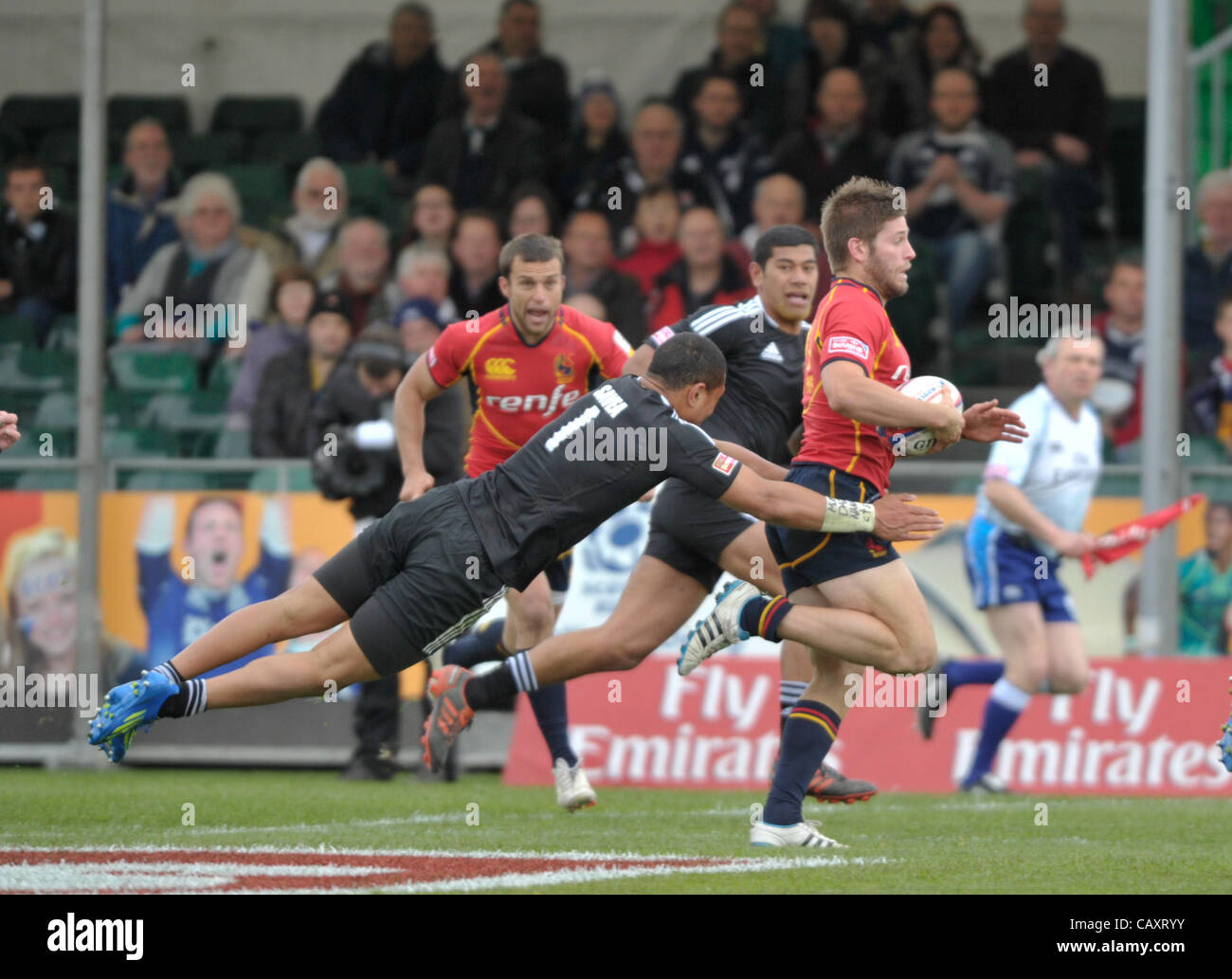 05.05.2012 Glasgow, Scotland. HSBC Sevens World Series. Ardie Savea put in a tackle during the game between New - Stock Image
